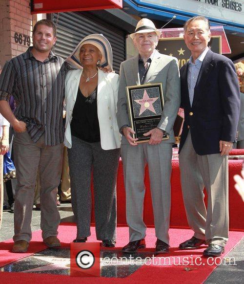 Nichelle Nichols, George Takei and Walter Koenig 4