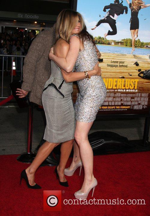 Jennifer Aniston, Kathryn Hahn