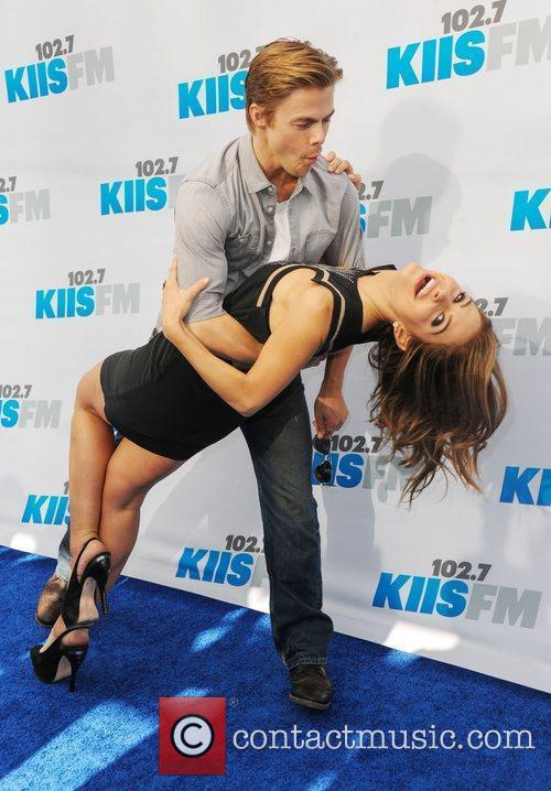Derek Hough and Maria Menounos 5