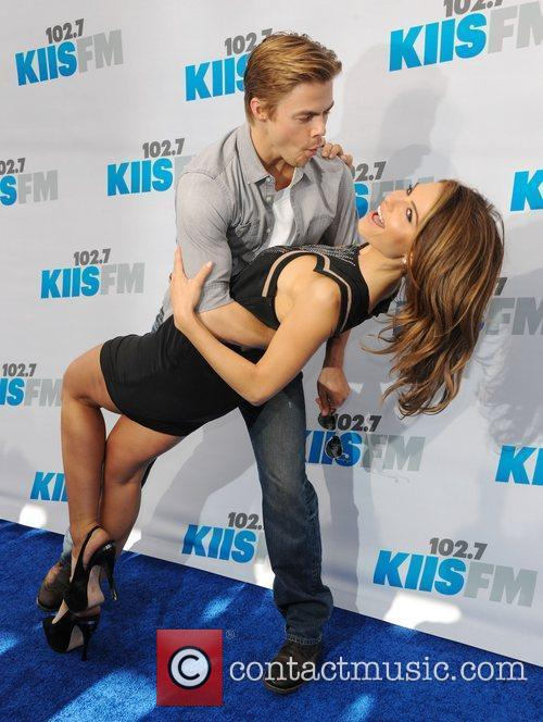 Derek Hough and Maria Menounos 6