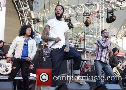 Travis Mccoy, Adam Levine and Gym Class Heroes 2