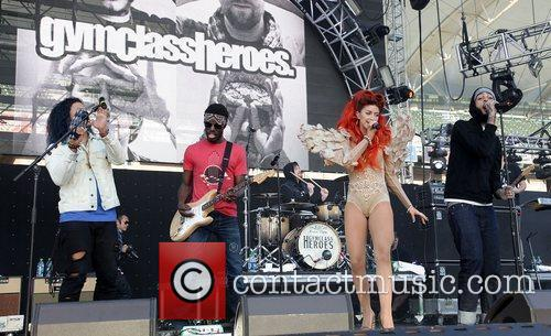 Travis Mccoy, Gym Class Heroes and Neon Hitch 2
