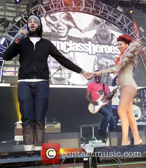 Travis Mccoy, Gym Class Heroes and Neon Hitch 4