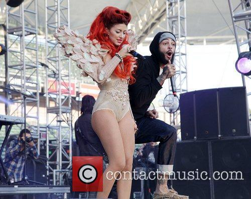 Travis Mccoy, Gym Class Heroes and Neon Hitch 1