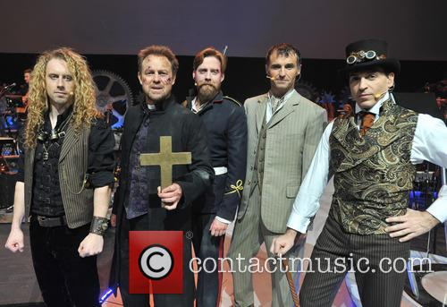 War Of The Worlds, Will Stapleton, Jason Donovan, Ricky Wilson, Marti Pellow and Michael Falzon 4