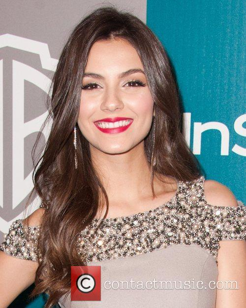 Victoria Justice and Beverly Hilton Hotel 4