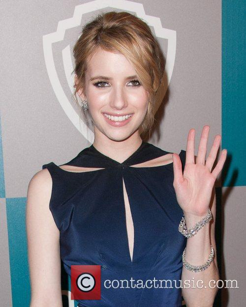 Emma Roberts and Beverly Hilton Hotel 5