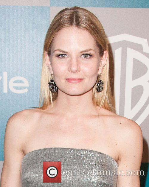 Jennifer Morrison and Beverly Hilton Hotel 3