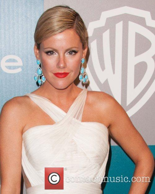 Kathleen Robertson and Beverly Hilton Hotel 4