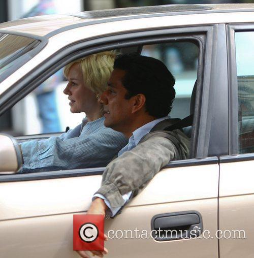 Naomi Watts and Naveen Andrews 4