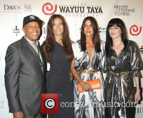 Russell Simmons, Dayana Mendoza and Patricia Velasquez 2