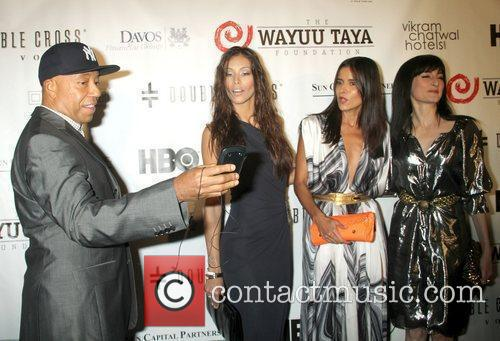 Russell Simmons, Dayana Mendoza and Patricia Velasquez 4