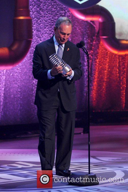 mayor michael bloomberg the 16th annual webby 3897472