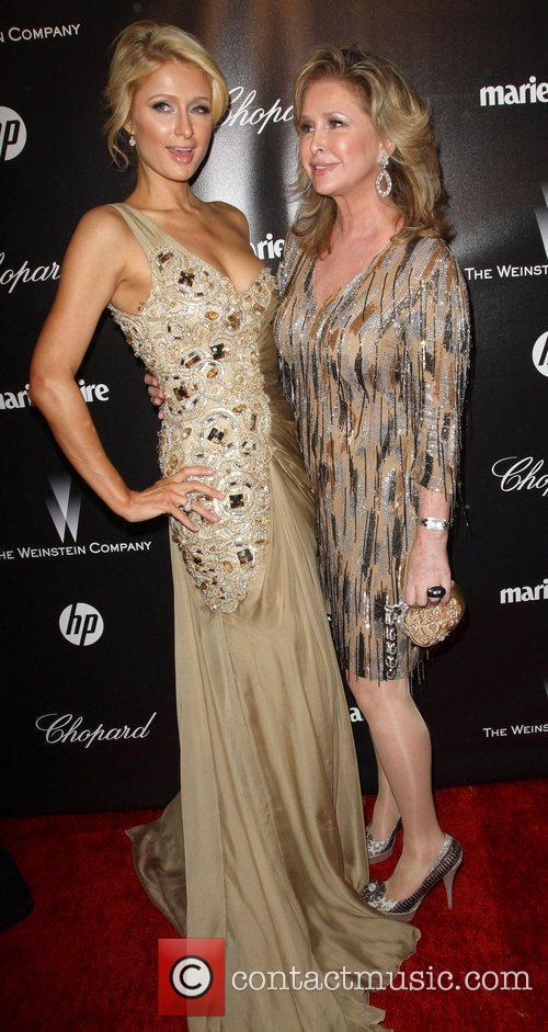 Paris Hilton, Kathy Hilton and Beverly Hilton Hotel 3