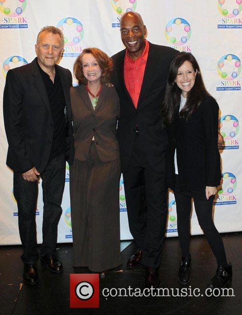 Paul Reiser, Alonzo Bodden, Alonzo Bodden, Wendy Liebman...