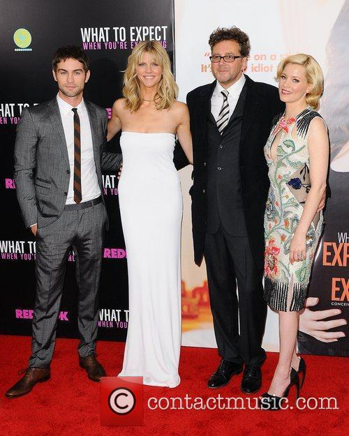 Chace Crawford, Brooklyn Decker and Elizabeth Banks 7