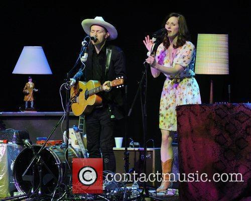 Luke Doucet and Melissa McClelland  Whitehorse perform...