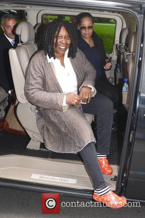 Whoopi Goldberg, Gold Honorary Medal, Patronage, Trinity College Philosophical Society, Dublin and Ireland 3