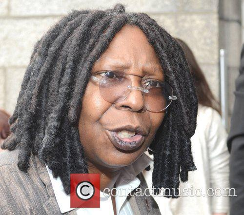 Whoopi Goldberg, Gold Honorary Medal, Patronage, Trinity College Philosophical Society, Dublin and Ireland 19