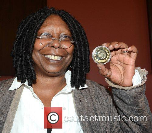 Whoopi Goldberg, Gold Honorary Medal, Patronage, Trinity College Philosophical Society, Dublin and Ireland 12