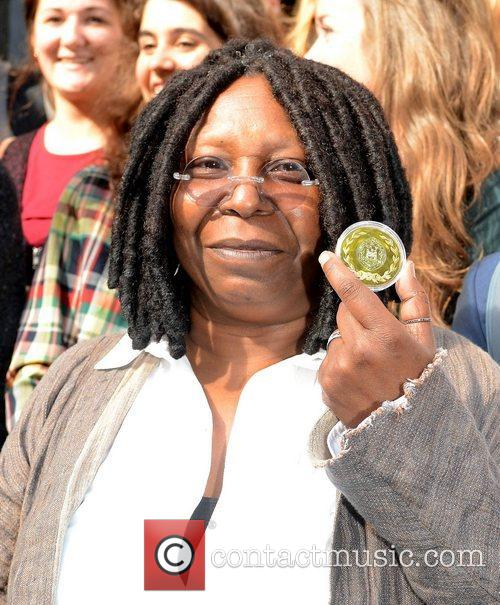 Whoopi Goldberg, Gold Honorary Medal, Patronage, Trinity College Philosophical Society, Dublin and Ireland 20