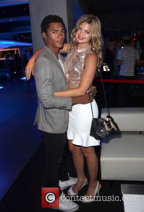 Jennifer Akerman and boyfriend Nic Huffman Wikipad and...
