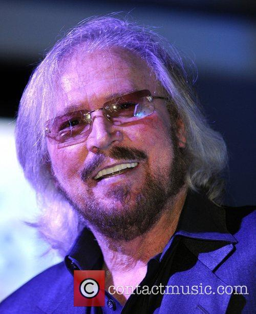Barry Gibb and Hard Rock Hotel And Casino 27