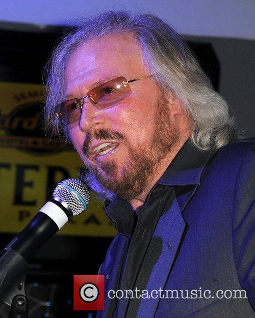 Barry Gibb and Hard Rock Hotel And Casino 12