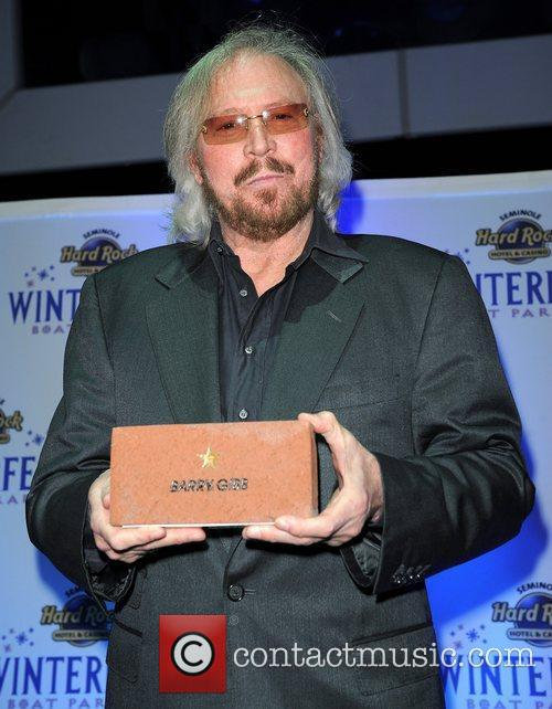 Barry Gibb and Hard Rock Hotel And Casino 11