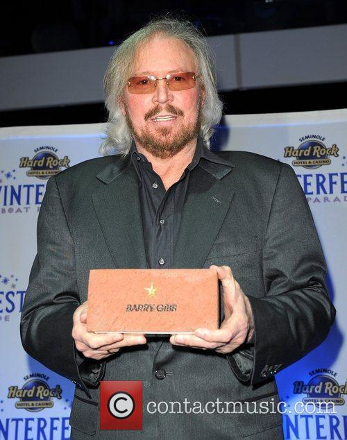 Barry Gibb and Hard Rock Hotel And Casino 25