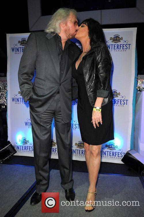 barry gibb and linda gibb 2011 winterfest 3650134