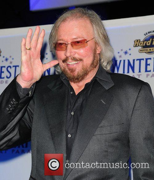 Barry Gibb and Hard Rock Hotel And Casino 43