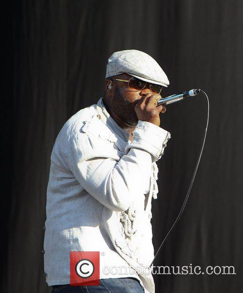 Black Thought and The Roots 1