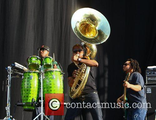 F. Knuckles and Damon Tuba Gooding Jr. Bryson...