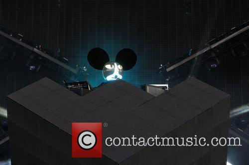 deadmau5 aka joel thomas zimmerman performs at 5874780