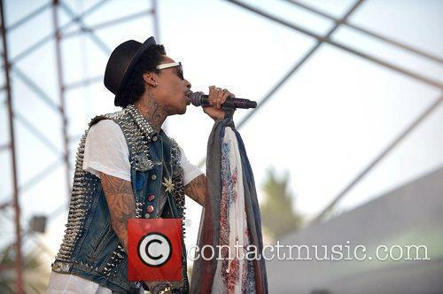 Performs at Sunfest