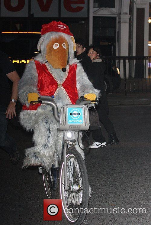 Bungo of The Wombles ride on Barclays Cycle...