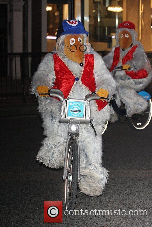 Wellington of The Wombles ride on Barclays Cycle...