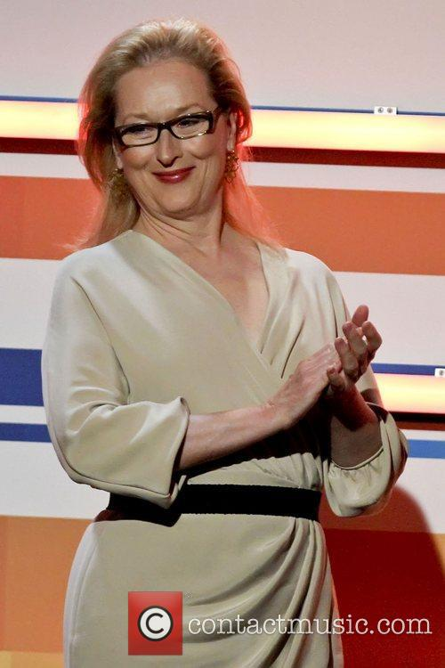 Meryl Streep and Beverly Hilton Hotel 5
