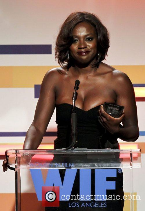 Viola Davis and Beverly Hilton Hotel 7