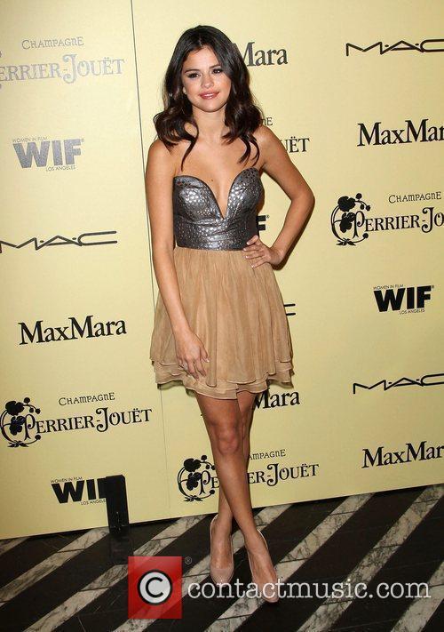 Selena Gomez and Cathy Schulman 3