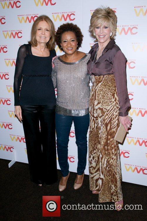 Jane Fonda and Wanda Sykes 11