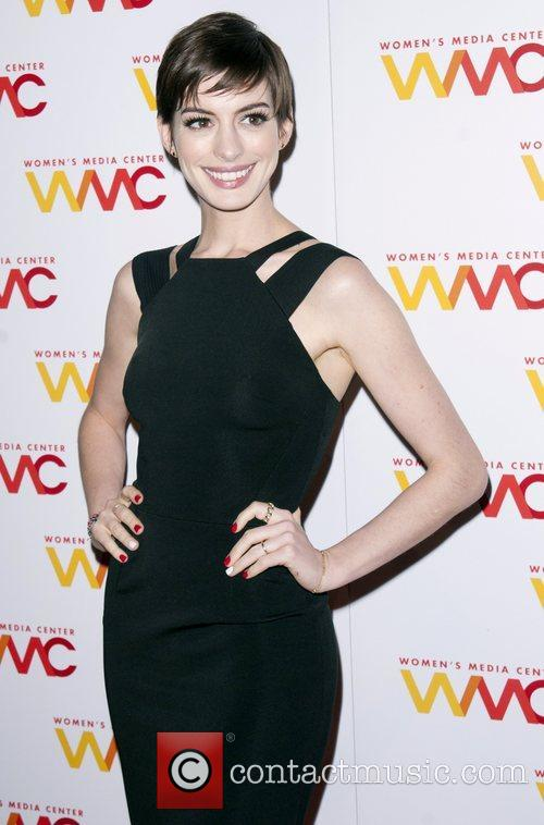 anne hathaway the 2012 womens media awards 4174256