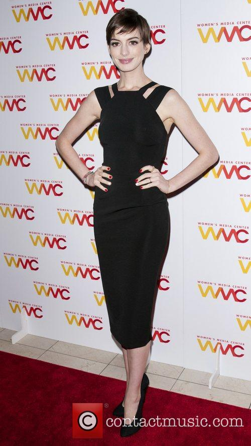 anne hathaway the 2012 womens media awards 4174259