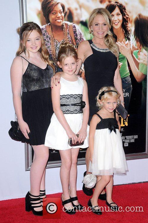 Barbara Alyn Woods, Alyvia Alyn Lind and Natalie Alyn Lind 3
