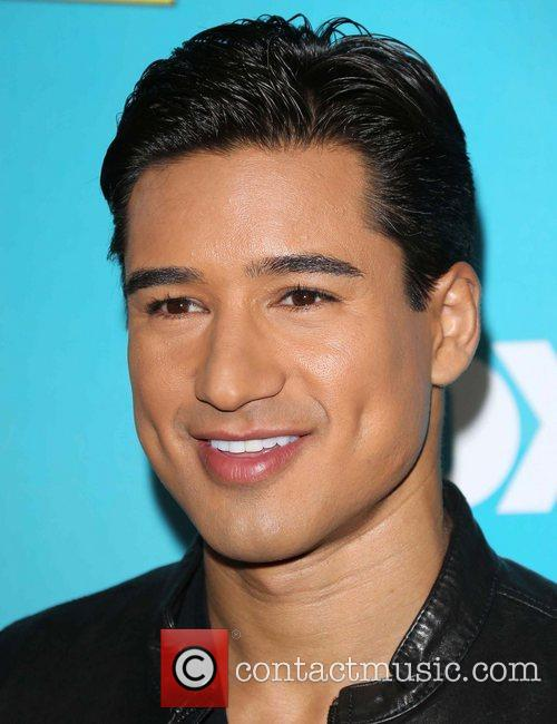 Mario Lopez and The X Factor 1