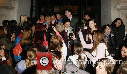 'The X Factor' contestants are mobbed by fans...