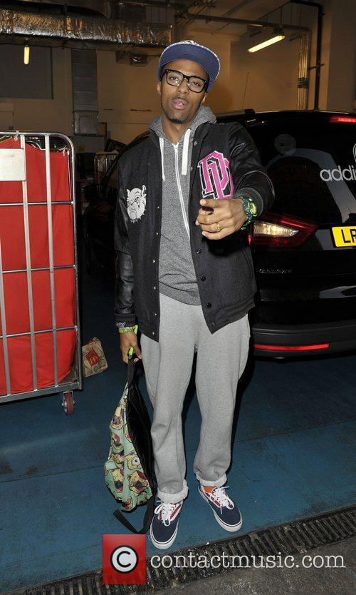 Simeon Dixon of MK1  X Factor contestents...