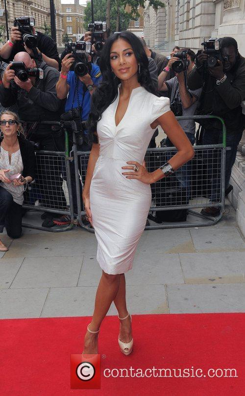 nicole scherzinger arrives at the corinthia hotel 4035813