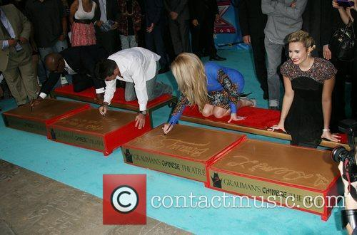 Simon Cowell, Britney Spears, Demi Lovato and X Factor 2